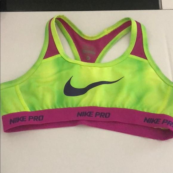 Girls Size Medium Nike Pro Sports Bra